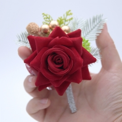 Blooming Rose Flower Golden Beads Décor Boutonniere