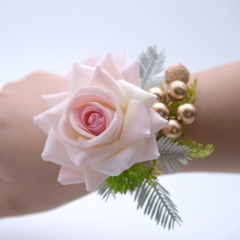 Blooming Rose Flower Golden Beads Décor Wrist Corsage