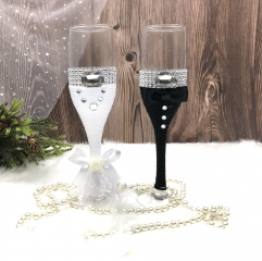 Bride and Groom Wedding Champagne Toasting Flute with Rhinestone