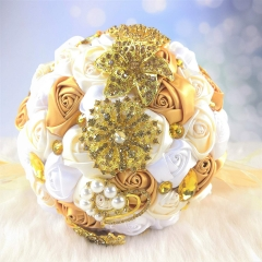 Advanced Customization Romantic Bride Wedding Holding Toss Bouquet Creamy White Rose Brooch with Pearls and Rhinestone